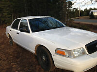 2008 Crown Vic- $1800 TAX INCLUDED!! Drive Away!