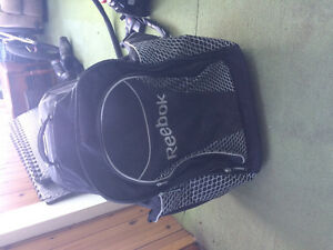 Reebok hockey bag wheels/backpack