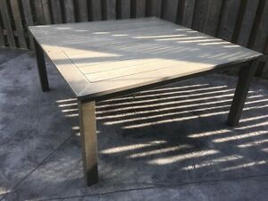 Huge Square Hampton Bay patio table fits 6-8