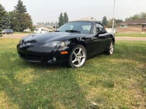 2002 Mazda Miata sport edition very clean