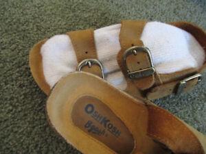 OSH KOSH toddler sandals size 11 new condition unisex