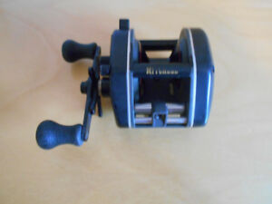 Vintage moulinet peche baitcaster Mitchell TurboMag, Fish reel