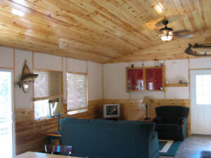 (2) Cabin Rentals Outpost on Lake Of The Wood's