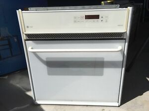 GE built in convection oven