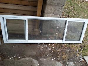Used Vinyl Replacement Window