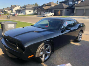 2013 Dodge challenger RT 5.7 V8