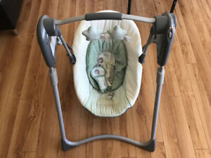 GRACO compact automatic swing - offering  $30 ( Non negotiable)