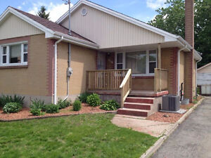 Fanshawe College 5 Rooms For Rent House