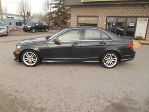 2013 Mercedes-Benz C-Class C300 4MATIC Sport Sedan Peterborough Peterborough Area image 3