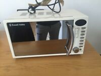 Russell Hobbs Cream microwave