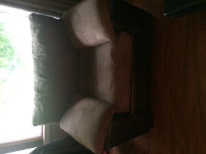 Brown chair 200 OBO