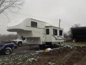 2002 29 ft titanium 5th wheel trailer