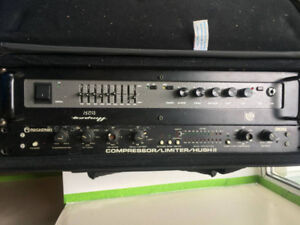 Ampeg Br 2 Bass Amp / Rocktron 300, Compressor Limiter Hush II
