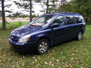 2008 Kia Sedona EX Minivan - AS IS