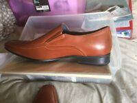Men's size 13 brown shoes