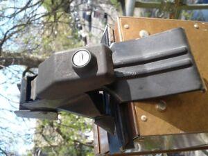 Pieds (4) (fit kit 1512) pour rack Thule