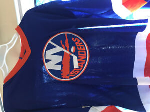 Retro New York Islanders jersey