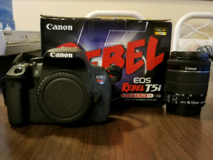 Canon rebel t5i with kit lens