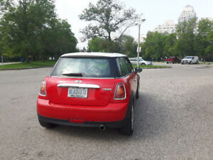 2010 Mini Cooper Red/White with sunroof - low kms