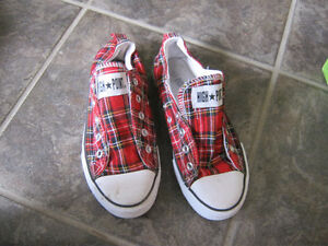 Girls Tartan Shoes-size 5