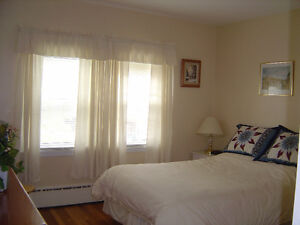 MAY 1, 2016 -- FURNISHED ONE BEDROOM IN SOUTH END ON DAL CAMPUS