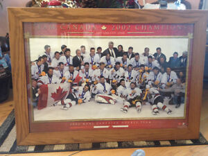 2002 TEAM CANADA GOLD MEDAL WINNING HOCKEY PICTURE