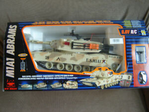 U.S. M1A1 Abrams  RC  full function tank