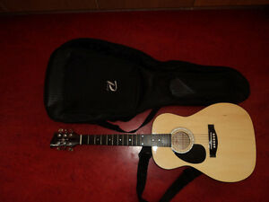 Jay Jr Left-handed Acoustic 3/4 Guitar with case and strap