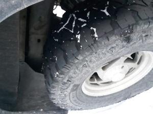 4 35x12.50 x 17 goodyear fierce attitude tires