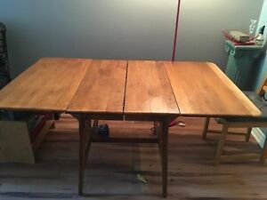 table antique 1900