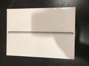 IPad 6th Gen 32GB Brand New Wifi+Cellular and Unlocked.