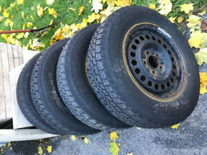 Snow tires and rims 205/75/R15