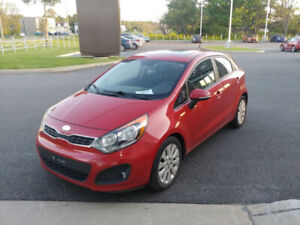 2013 Kia Rio Hatch...  EX with backup camera, sunroof......