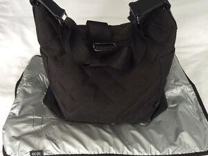 OiOi Black Quilt Hobo Diaper Bag Cambridge Kitchener Area image 1