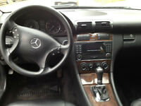 Mercedes Benz C-Class 4-Matic Wagon 2005 6 Cylinder - Very Clean