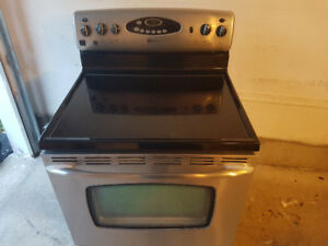 "stainless steel 30""  Maytag electric glass top"