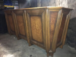 Beautiful wood & veneer home bar from 1960s or 1970s!