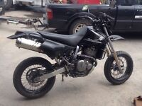 Super motard dr650 2008 echange possible contre skidoo ou moto