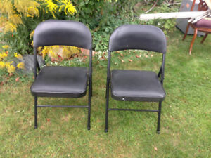 2 Black Folding Chairs - Roncesvalles