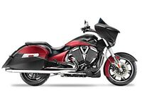 2015 Victory Cross Country Two-Tone Suede Sunset Red over Black