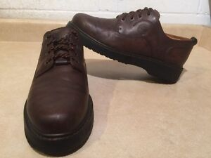 Men's Timberland Waterproof Leather Shoes Size 9.5 London Ontario image 1
