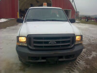2004 Ford E-250 Pickup Truck