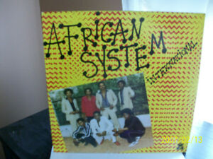 "Disque vinyle 33 T, ""AFRICAN SYSTEM INTERNATIONAL"",1983"