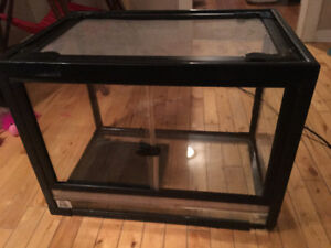 Looking to trade a terrarium for a dog crate