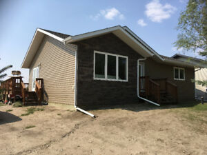 4 Season cabin for sale at Grandview Beach