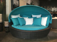 BRAND NEW Outdoor Cabana Daybed with roof