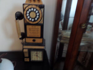 unique antique phone.......really works