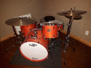 Pearl Export 5 piece kit with cymbals