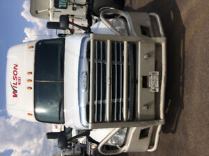 Freightliner cascadia 2010 with cumins