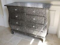METAL EMBOSSED 8 DRAWER CHEST OF DRAWERS